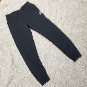 Reebok Black Joggers Fleece Lined Size Large